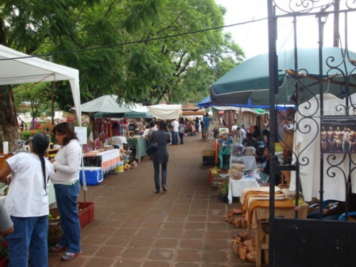 Coffee_clay_pots_honey_tostadas_and_weavings_in_xochimilco