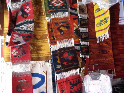 Enedinas_weavings_on_display