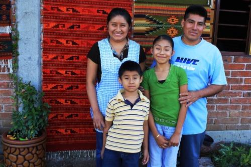 Estela_and_family