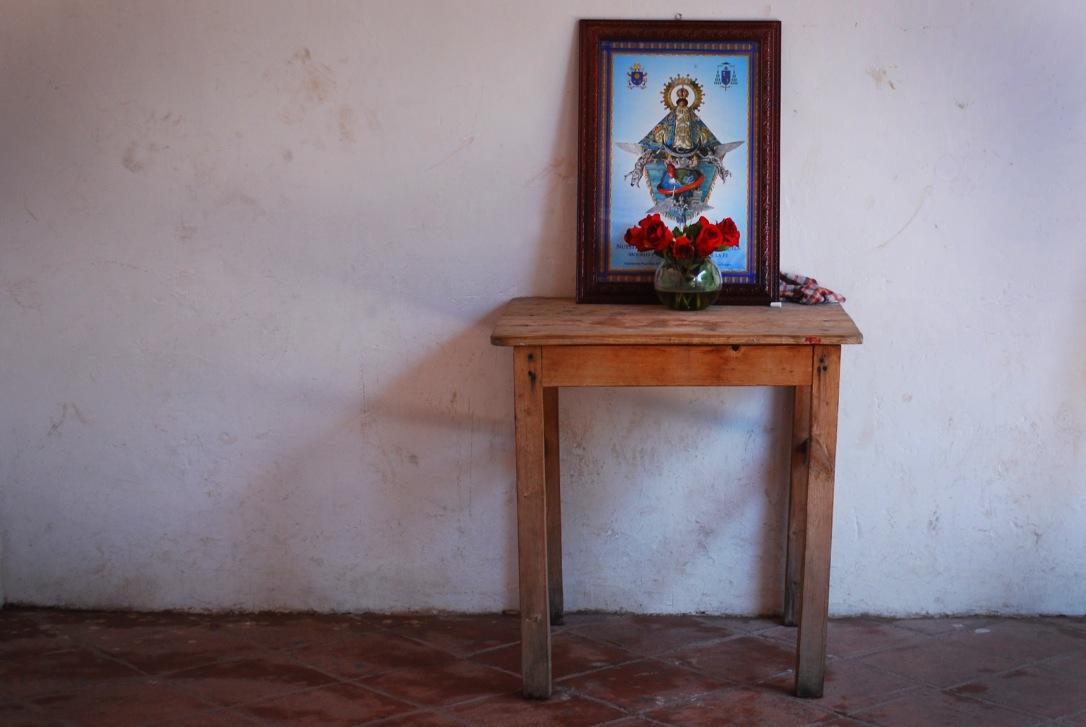 Tiny altar in Precioso Sangre de Cristo in Teotitlán del Valle.