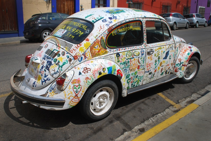 Painted bug in Centro.