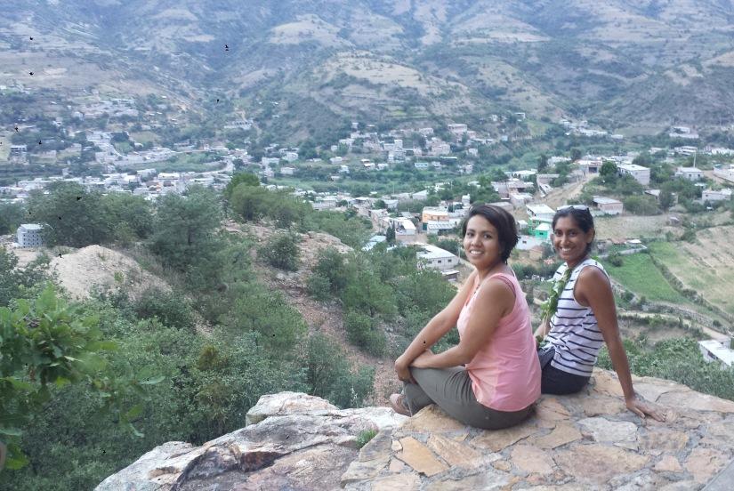 Andrea with Educational En Vía Program Coordinator Eugenia Ricárdez Manzo.