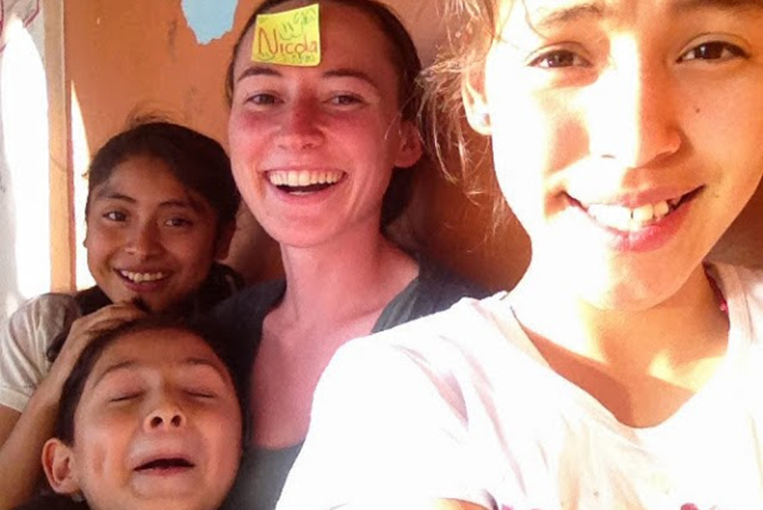 """Adding """"selfie"""" to the vocabulary list at English class in Tlacochahuaya."""